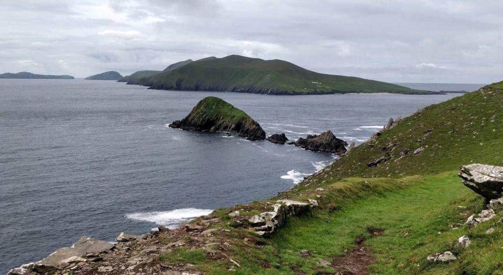 Petit coin parfait pour méditer, sur la côte irlandaise...